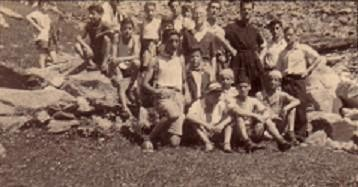 "College ""Don Luigi Guanella"" (Como)- Woodns is the first left kneeling - WOODNS"